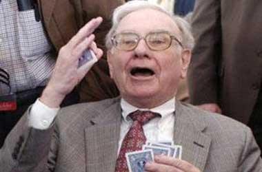 Warren Buffett Hosts Private Poker Tournament
