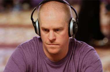 Lindgren Wins WSOP Bracelet After 5 Year Wait
