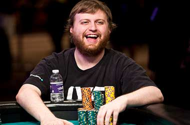 Joe McKeehen Wins 2015 WSOP Main Event And Takes Home $7.68 Million